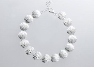 Crease bracelet